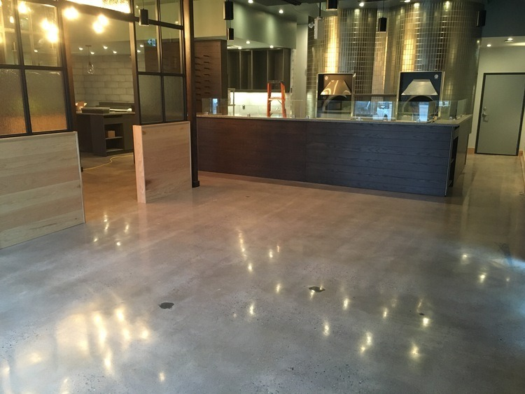 Polished Concrete: Carbone's Coal Fired Pizza